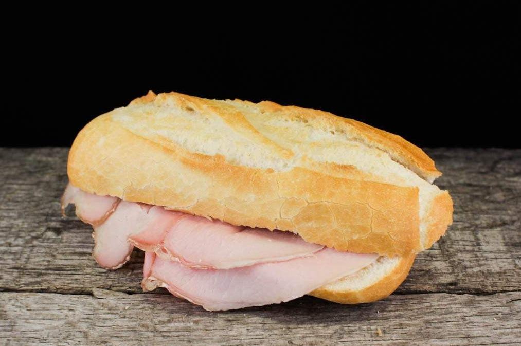 Belegd broodje met frikando
